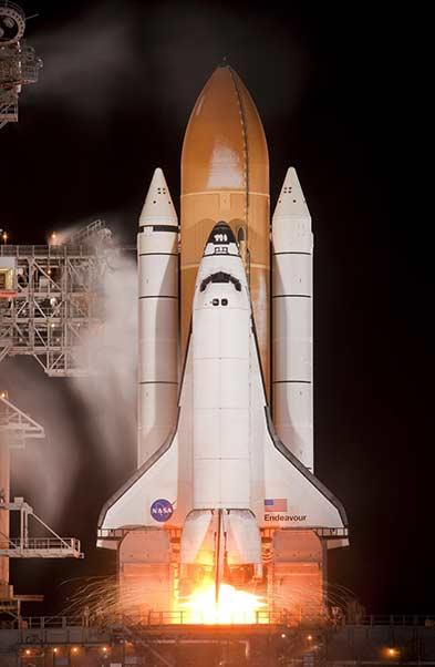 fusée NASA au décollage