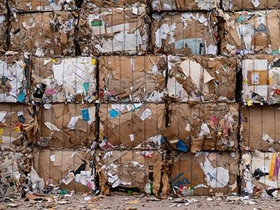 déchets qui seraient évitable en utilisant des étiquettes linerless