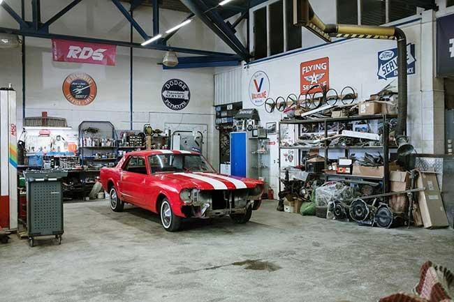 garage géré par solution étiquetage pour le secteur automobile